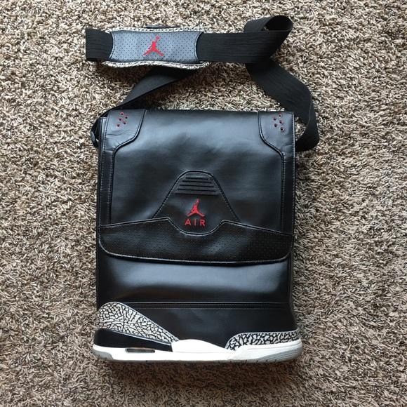4f7e1423a79 Authentic Nike Air Jordan Retro 3 Black Laptop Bag.  M_5b9f1d8404e33da90febb88d